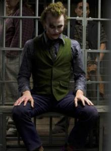 "Heath Ledger interpretando a ""El Joker"""